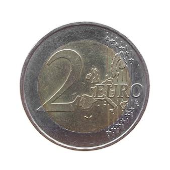 Dwie monety euro na białym tle