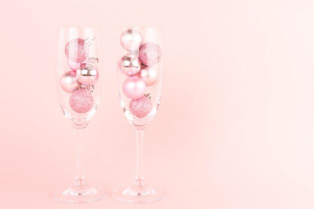 Dwie szklanki noworoczne