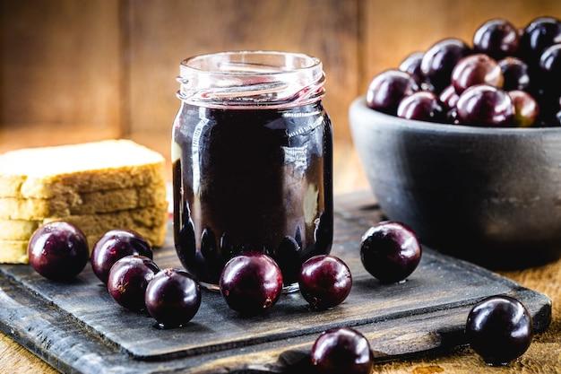 Dżem jabuticaba, egzotyczne winogrona z ameryki łacińskiej