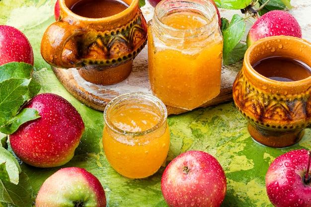 Dżem ze świeżych jabłek