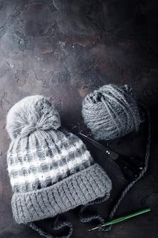 Dzianinowa czapka dziecięca.