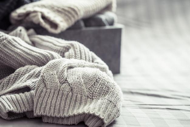 Dzianiny ciepłe swetry