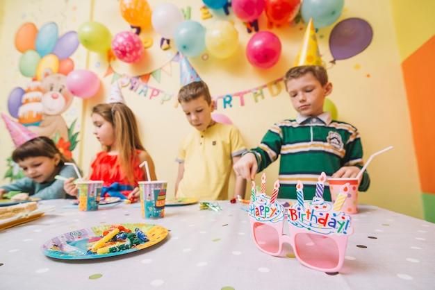 Dzieci na przyjęcie urodzinowe