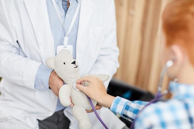 Dziecko na wizytę u lekarza