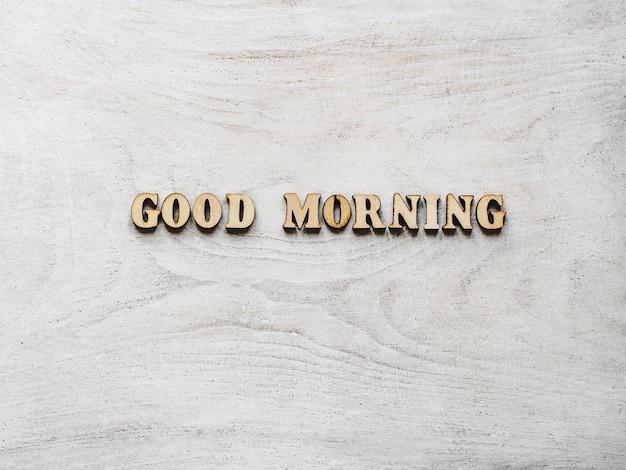 Dzień dobry. litery alfabetu na tablicy