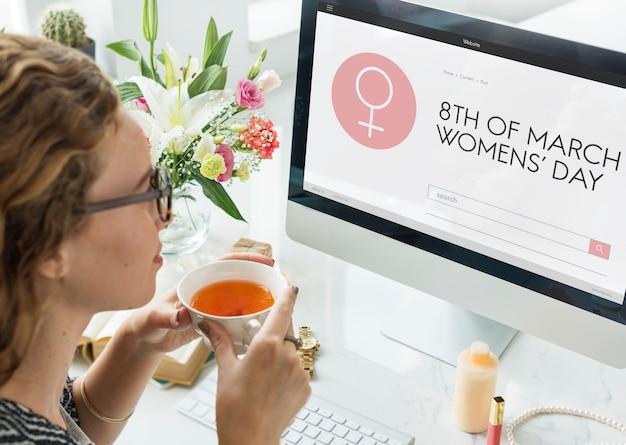 Dzień kobiet równość wolność zaangażuj się koncepcja