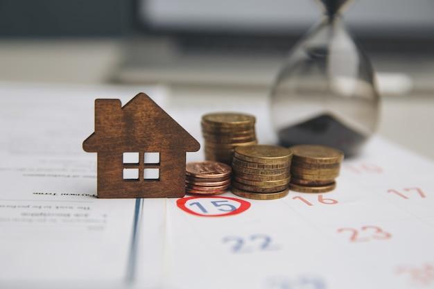 Dzień kupna lub sprzedaży domu.