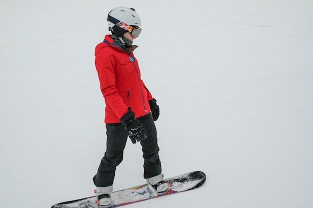 Dziewczyna jazda na snowboardzie, whistler, kolumbia brytyjska, kanada