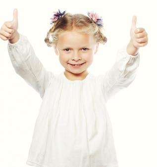 Dziewczyna pokazano kciuki do góry