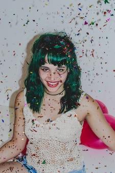 Dziewczynka z konfetti zamknę ... ć