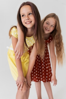 Dziewczyny pozują razem