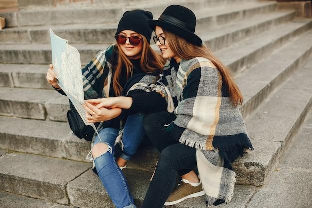 Dziewczyny turystyczne