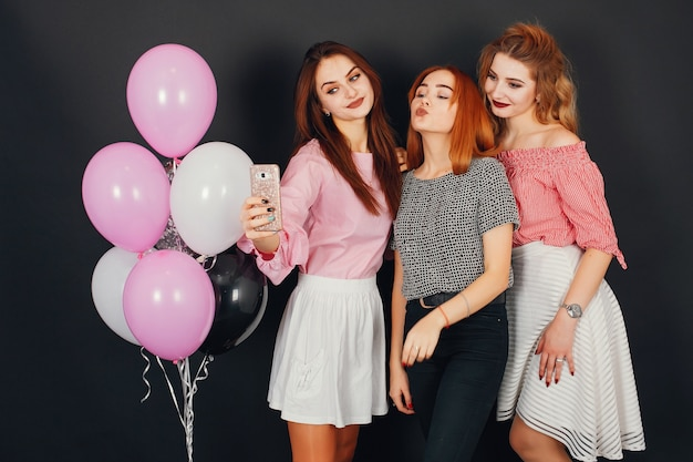 Dziewczyny z balonami