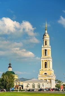 Dzwonnica kościoła św. jana apostoła w kołomnej, złoty pierścień rosji