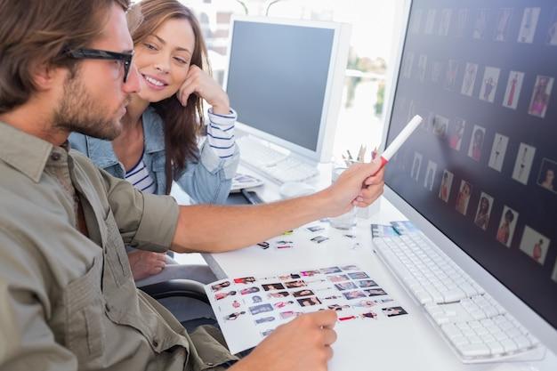 Edytor zdjęć wskazujący miniaturę na ekranie