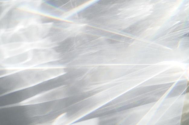 Efekt nakładki tekstury wody streszczenie na białej ścianie
