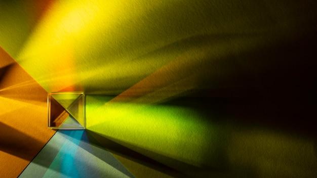 Efekt pryzmatu tęczowego światła