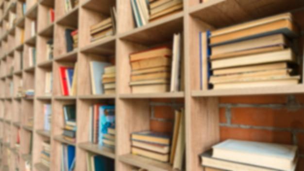 Efekt rozmycia, podręczniki, białe półki na książki, rozmazane tło, wzór, biblioteka publiczna, rozmazane