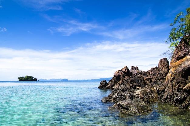Egzotyczny krajobraz w tajlandii, krabi