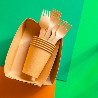 Ekologiczna zastawa stołowa ze skrobi bioorganicznej