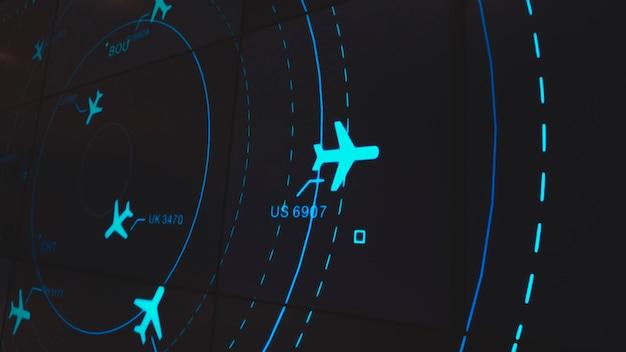 Ekran symulacji pokazujący różne loty dla transportu i pasażerów.