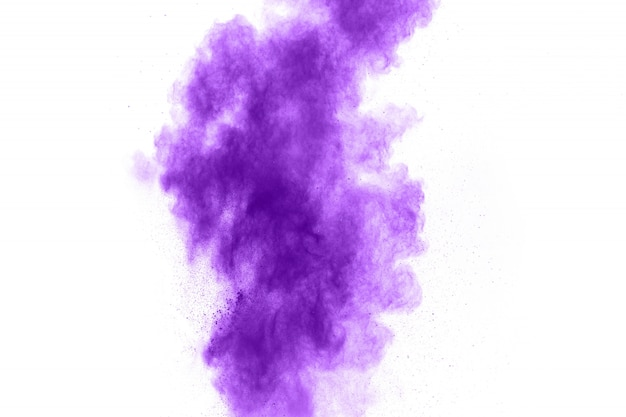 Eksplozja proszku w kolorze fioletowym