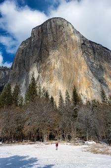 El capitan rock, słynna góra w parku narodowym yosemite
