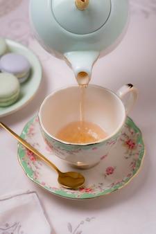 Elegancka aranżacja na herbatę