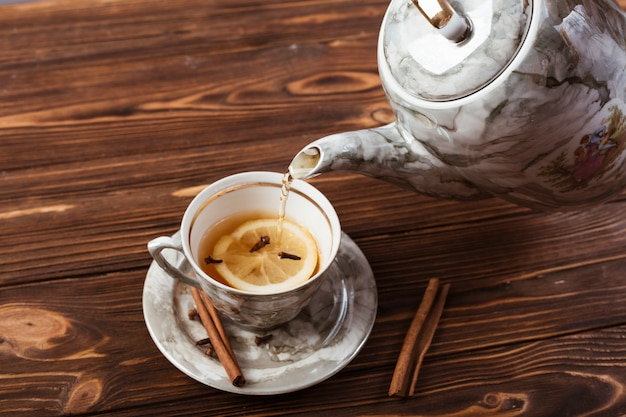 Elegancka filiżanka herbaty