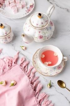 Elegancki asortyment na herbatę