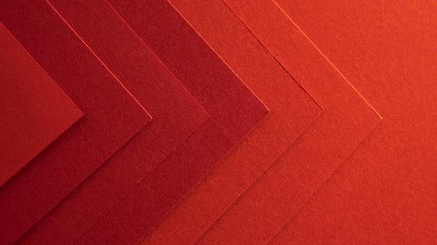 Eleganckie czerwone papiery w kształcie strzałek