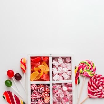 Eleganckie ułożenie cukierków z miejsca kopiowania