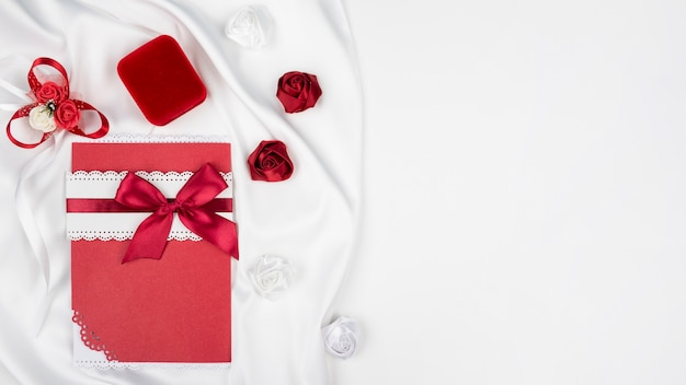 Eleganckie zaproszenie na ślub z miejsca kopiowania