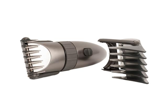 Elektroniczna kolekcja - zbliżenie maszynki do strzyżenia włosów na białym tle
