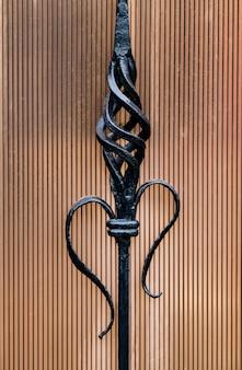 Elementy ozdobne bram metalowych, elementy kucia ręcznego.