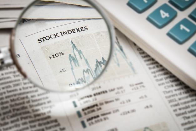 Emisja indeksu giełdowego w gazecie