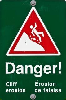 Erozji klifu ostrzeżenie znak ostrzegawczy