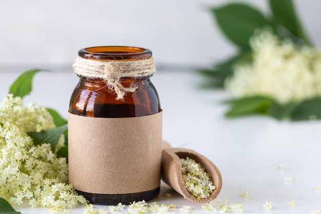 Esencja z kwiatów czarnego bzu, elderberry detox drink sambucus nigra.