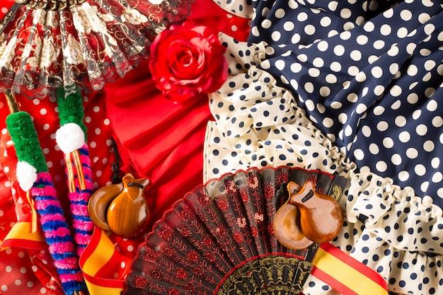 Espana typowo z hiszpanii z kastanietami wzrosła flamenco fanem