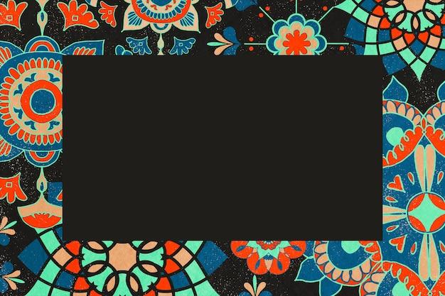 Etniczna ilustracja ramki z kwiatowym wzorem, zremiksowana z dzieł należących do domeny publicznej