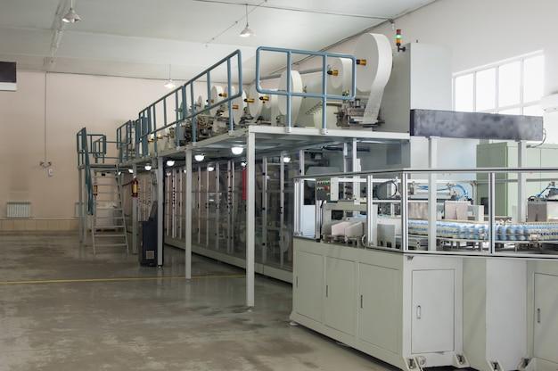 Fabryka i sprzęt do produkcji pampersów