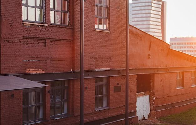 Fabryka ścian z cegły