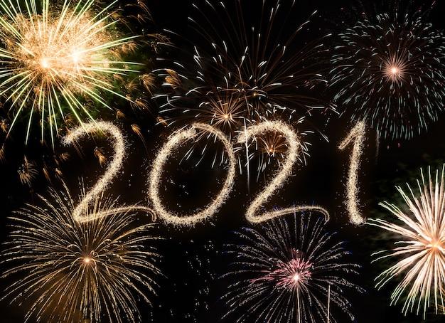 Fajerwerki nowy rok 2021, wesołych świąt i koncepcja nowego roku