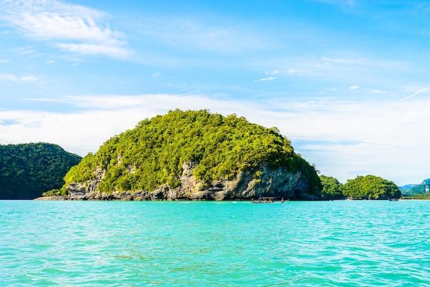 Fala krajobrazu wyspa niebo natura