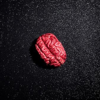 Fałszywa kompozycja ludzkiego mózgu na halloween