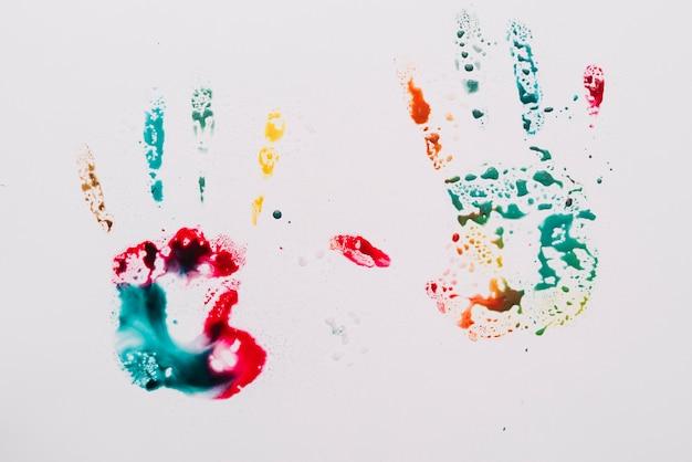 Farba w kształcie dłoni