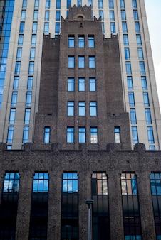 Fasada nowoczesny budynek biurowy w śródmieściu minneapolis, hrabstwo hennepin, minnesota, usa