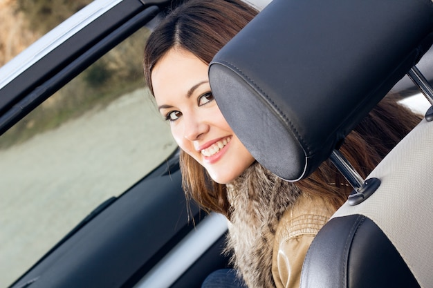 Feliz naturaleza alegria gente coche
