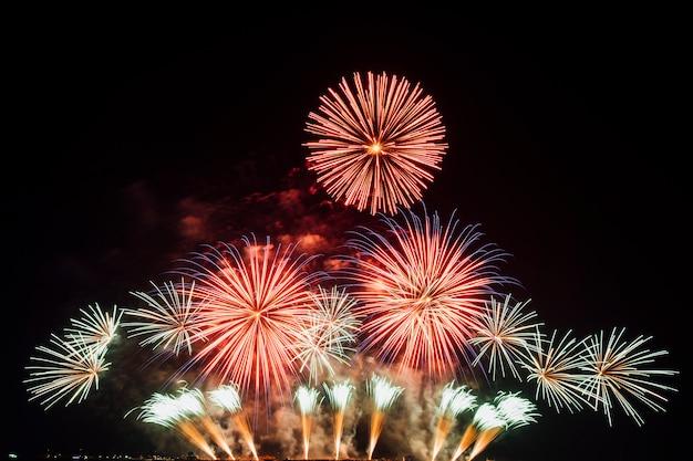 Festiwal fajerwerków w tajlandii