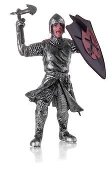 Figurka średniowiecznego rycerza na białym tle